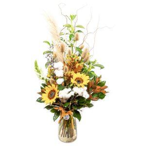 Rustic Front Facing flower arrangement from Kilsyth Florist, best flower shop